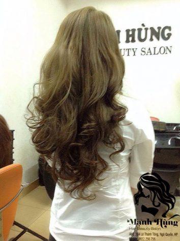 uốn xoăn tóc nữ đẹp